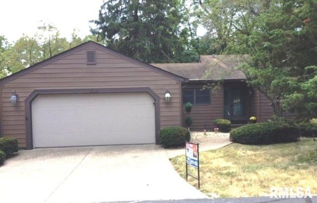 2824 32ND AVE Drive, Moline, IL 61265 (#QC4204765) :: Killebrew - Real Estate Group