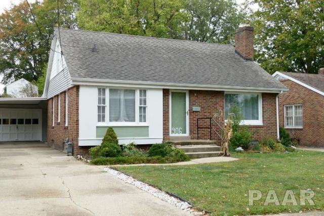 906 E Willcox Avenue, Peoria, IL 61603 (#1188362) :: Adam Merrick Real Estate