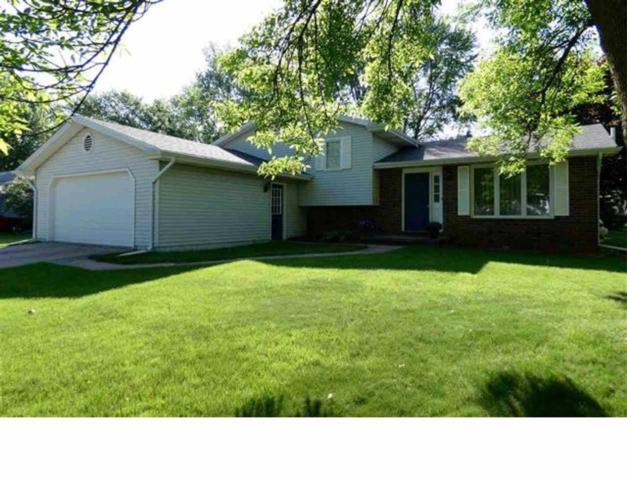 200 Cracklewood Lane, East Peoria, IL 61611 (#1193716) :: Adam Merrick Real Estate
