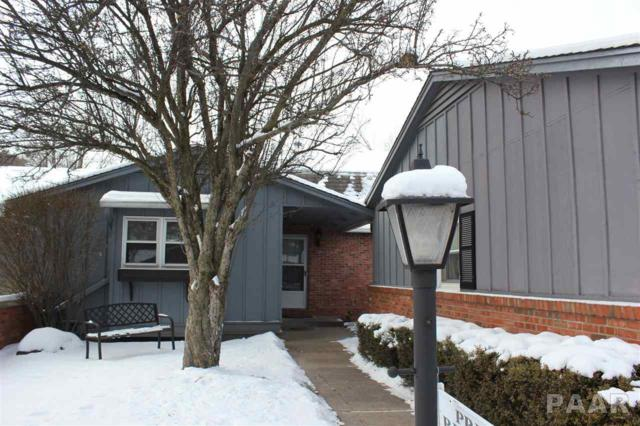 7100 N Fox Point Drive #2, Peoria, IL 61614 (#1182960) :: Adam Merrick Real Estate