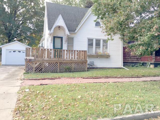 312 W Chestnut, Canton, IL 61520 (#1178329) :: Adam Merrick Real Estate