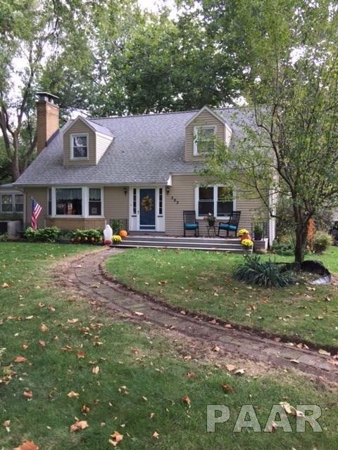 502 W Giles Lane, Peoria, IL 61614 (#1181748) :: Adam Merrick Real Estate