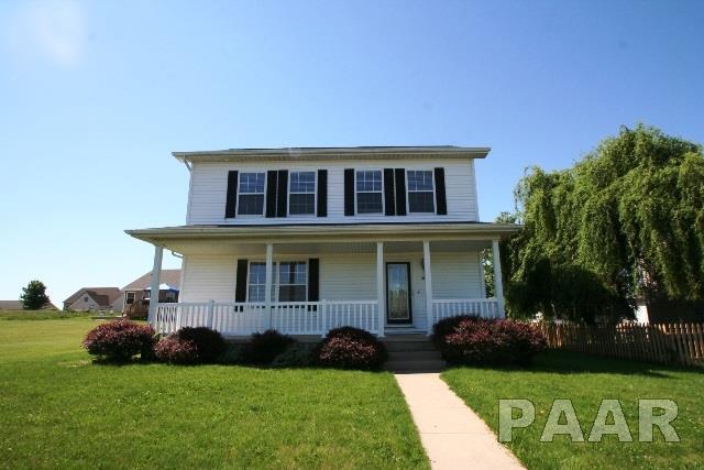 908 Brighton, Mackinaw, IL 61755 (#1184448) :: Adam Merrick Real Estate