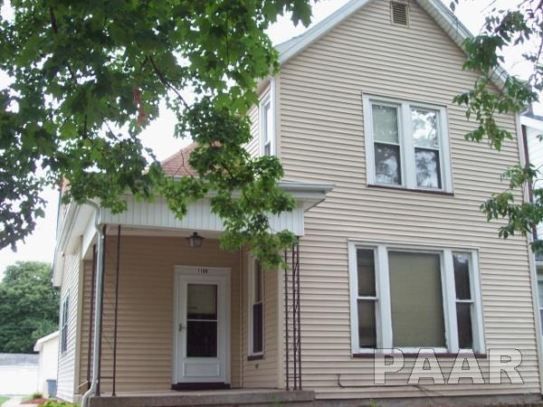 1109 N Douglas Street, Peoria, IL 61606 (#1185412) :: Adam Merrick Real Estate