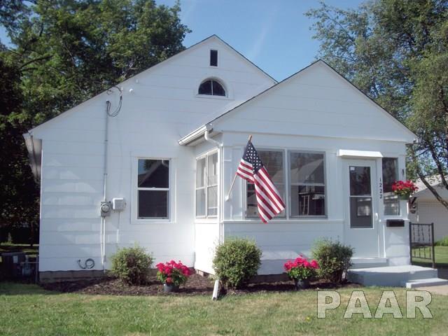 1222 E Rouse, Peoria Heights, IL 61616 (#1185450) :: Adam Merrick Real Estate