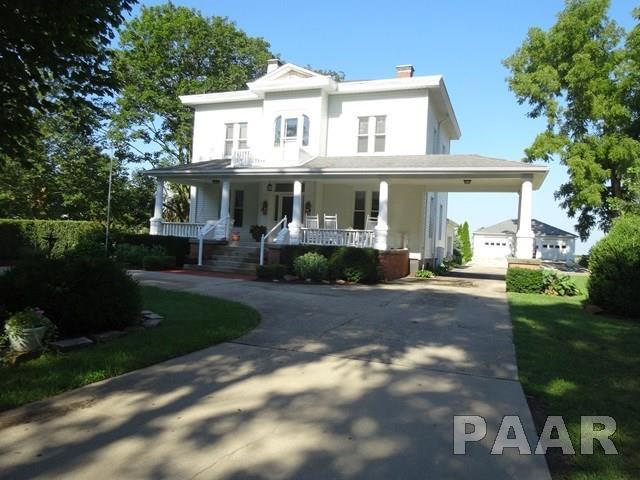 201 W Ash Street, Elmwood, IL 61529 (#1185911) :: Adam Merrick Real Estate