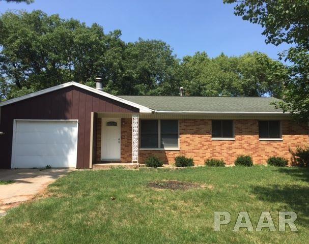 225 Devron, East Peoria, IL 61611 (#1186013) :: Adam Merrick Real Estate