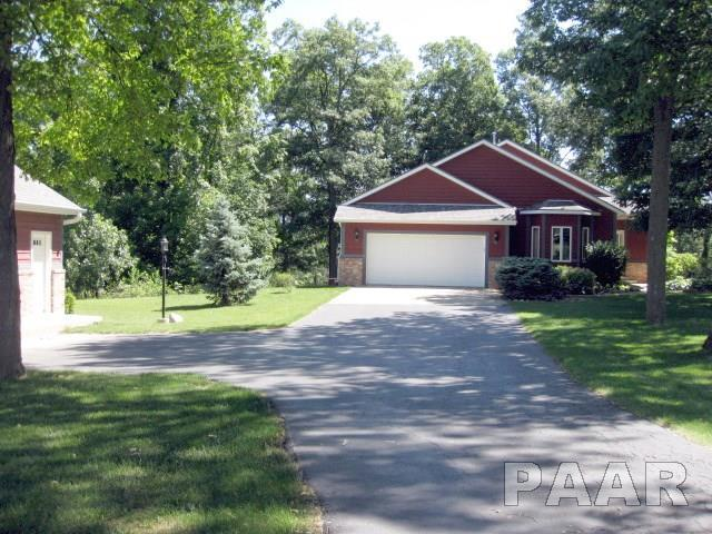 22940 Grosenbach Road, Washington, IL 61571 (#1186085) :: Adam Merrick Real Estate