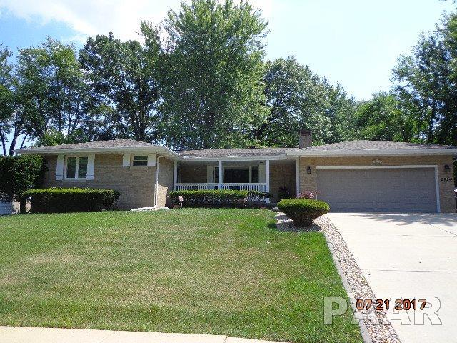2724 W Newman Parkway, Peoria, IL 61604 (#1186113) :: Adam Merrick Real Estate