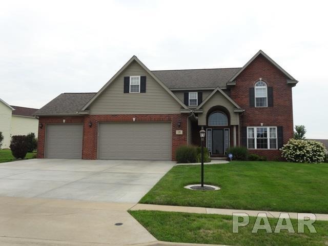 516 N Hurff Drive, Elmwood, IL 61529 (#1186407) :: Adam Merrick Real Estate