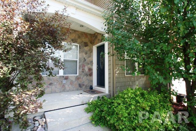 103 Tulip Drive, Mackinaw, IL 61755 (#1187241) :: Adam Merrick Real Estate