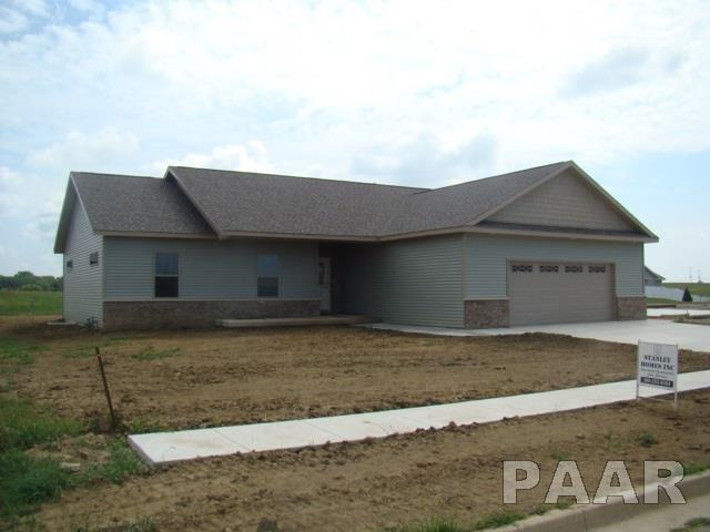 2121 Lexi Drive, Eureka, IL 61530 (#1187269) :: Adam Merrick Real Estate
