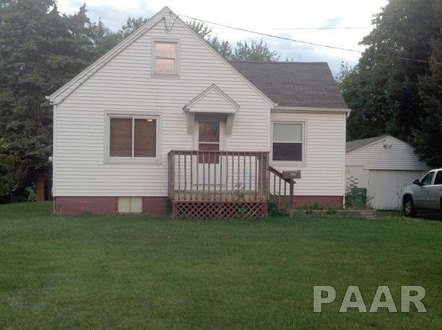 322 N Second Avenue, Farmington, IL 61531 (#1187330) :: Adam Merrick Real Estate