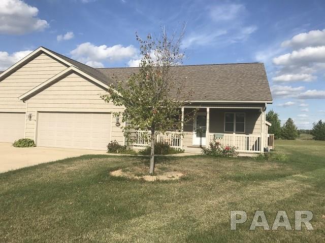 1248 Willow Glen Drive, Metamora, IL 61548 (#1187603) :: Adam Merrick Real Estate