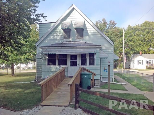 3910 S Lafayette Avenue, Bartonville, IL 61607 (#1187770) :: Adam Merrick Real Estate