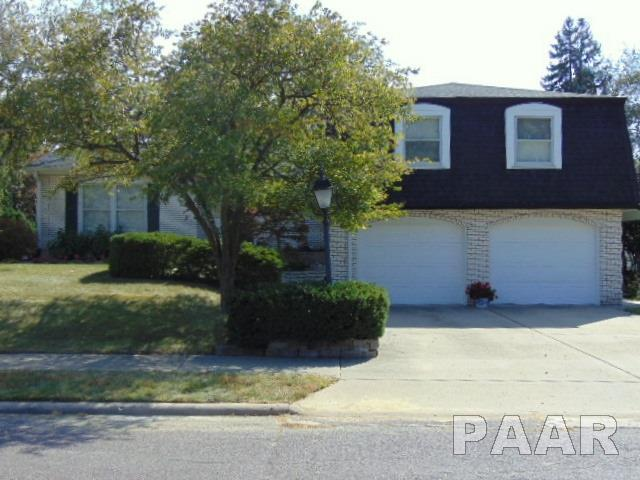 4502 W Broyhill Court, Peoria, IL 61615 (#1187896) :: Adam Merrick Real Estate