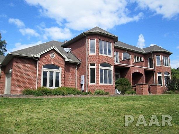15874 Red Shale Hill Road, Pekin, IL 61554 (#1187950) :: Adam Merrick Real Estate