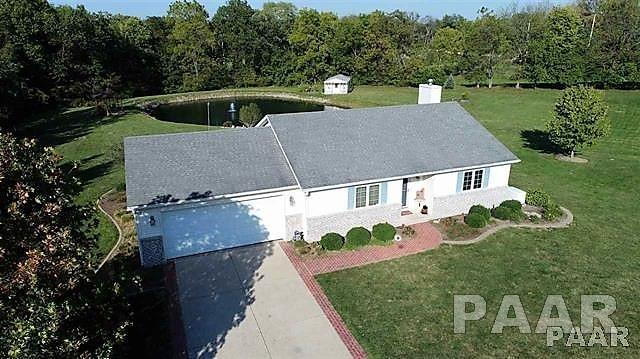 5 Oaks Avenue, Pekin, IL 61554 (#1188014) :: Adam Merrick Real Estate