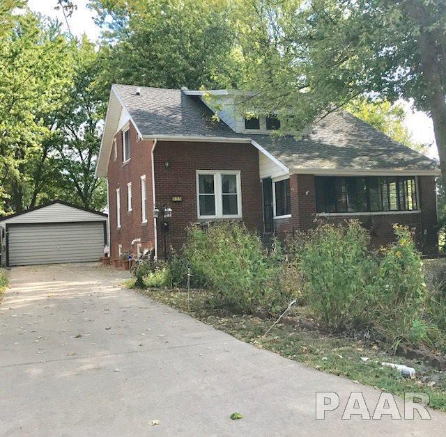 555 S Main Street, Farmington, IL 61531 (#1188102) :: Adam Merrick Real Estate
