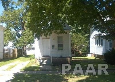 2627 N California, Peoria, IL 61603 (#1188248) :: Adam Merrick Real Estate