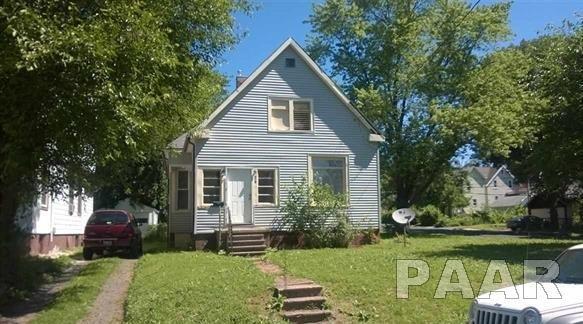219 E Thrush, Peoria, IL 61603 (#1188252) :: Adam Merrick Real Estate