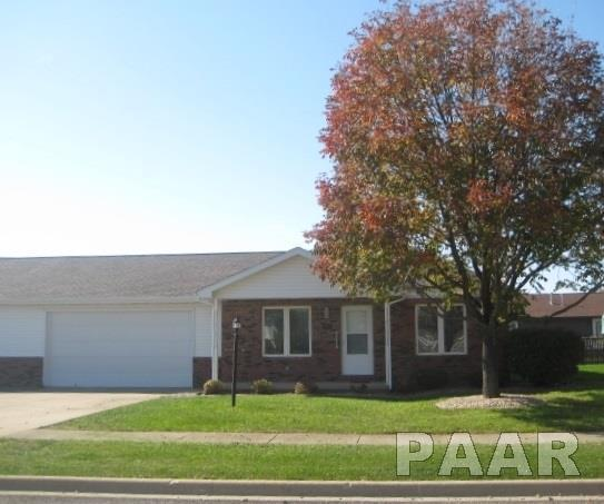 1116 Breezeway, Washington, IL 61571 (#1188786) :: RE/MAX Preferred Choice