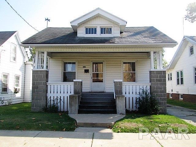 710 E Arcadia Avenue, Peoria, IL 61603 (#1188844) :: Adam Merrick Real Estate