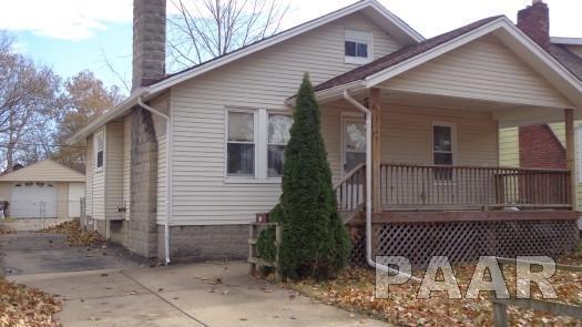 2140 N Central Avenue, Peoria, IL 61603 (#1189667) :: Adam Merrick Real Estate