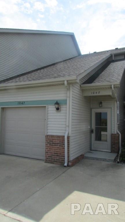 1047 Mallard Way, Washington, IL 61571 (#1190068) :: Adam Merrick Real Estate