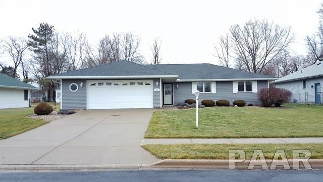 823 W Cedar Point Court, Bartonville, IL 61607 (#1190574) :: Adam Merrick Real Estate