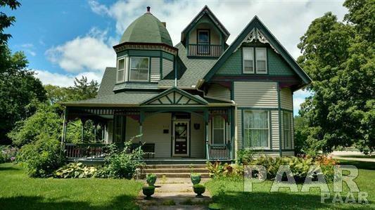 813 Main Street, Henry, IL 61537 (#1190742) :: Adam Merrick Real Estate