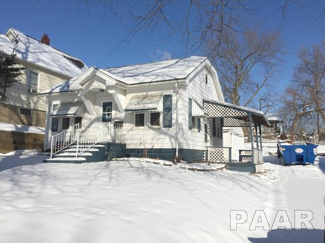 104 W Franklin, Bartonville, IL 61607 (#1191348) :: RE/MAX Preferred Choice