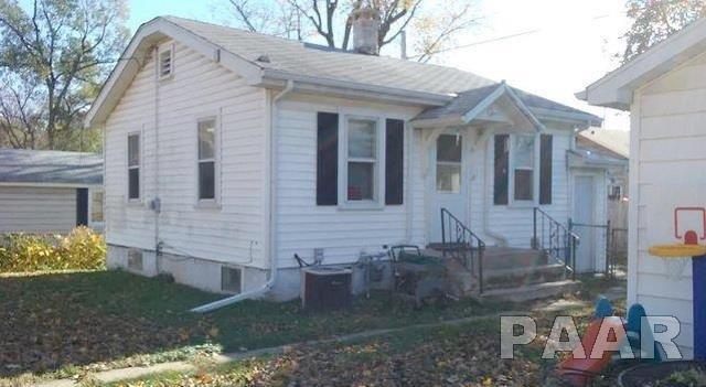 212 E Melbourne, Peoria, IL 61603 (#1191389) :: Adam Merrick Real Estate