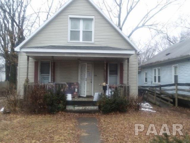 1215 S 3RD, Pekin, IL 61554 (#1191539) :: Adam Merrick Real Estate