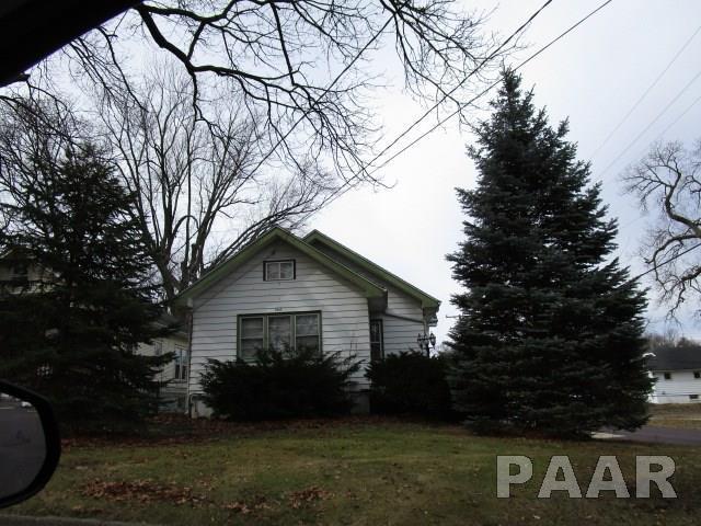 2617 N Missouri, Peoria, IL 61603 (#1192067) :: Adam Merrick Real Estate