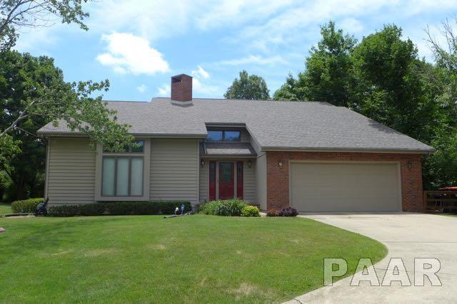 912 W Baybrook Court, Peoria, IL 61615 (#1192140) :: Adam Merrick Real Estate