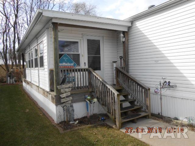 820 S Washington Street, Lacon, IL 61540 (#1192195) :: Adam Merrick Real Estate