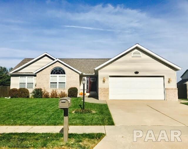1109 White Horse Trail, Metamora, IL 61548 (#1192344) :: Adam Merrick Real Estate
