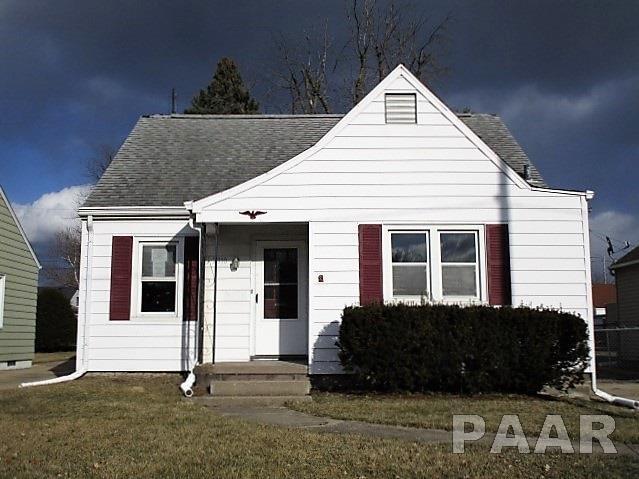 2310 N Elmwood Avenue, Peoria, IL 61604 (#1192599) :: Adam Merrick Real Estate