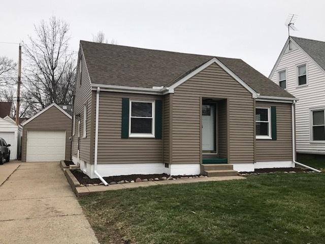 1111 E Forrest Hill, Peoria, IL 61603 (#1193042) :: Adam Merrick Real Estate