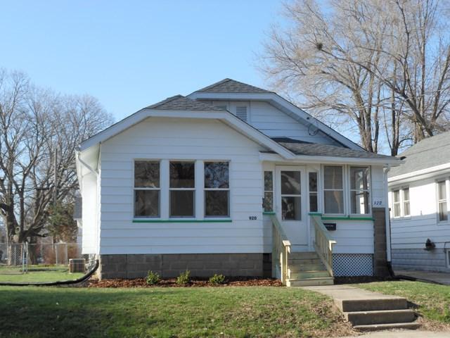 920 E Virginia, Peoria, IL 61603 (#1193466) :: Adam Merrick Real Estate
