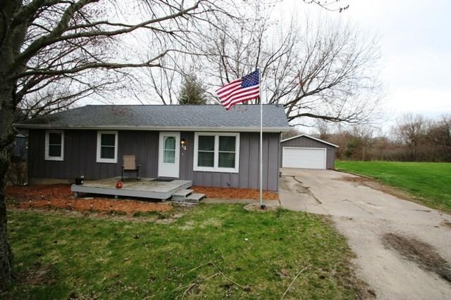 14 Carlton Drive, Mackinaw, IL 61755 (#1193538) :: Adam Merrick Real Estate