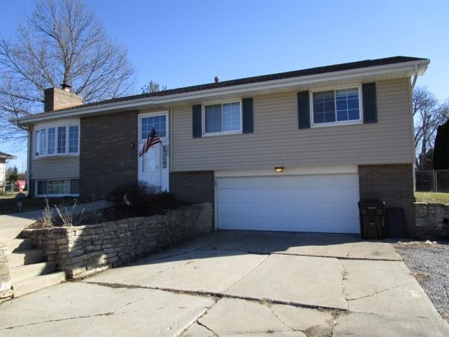500 W Michigan Avenue, Metamora, IL 61548 (#1193560) :: Adam Merrick Real Estate