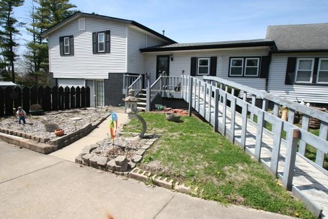 511 E Fast Avenue, Mackinaw, IL 61755 (#1193692) :: Adam Merrick Real Estate