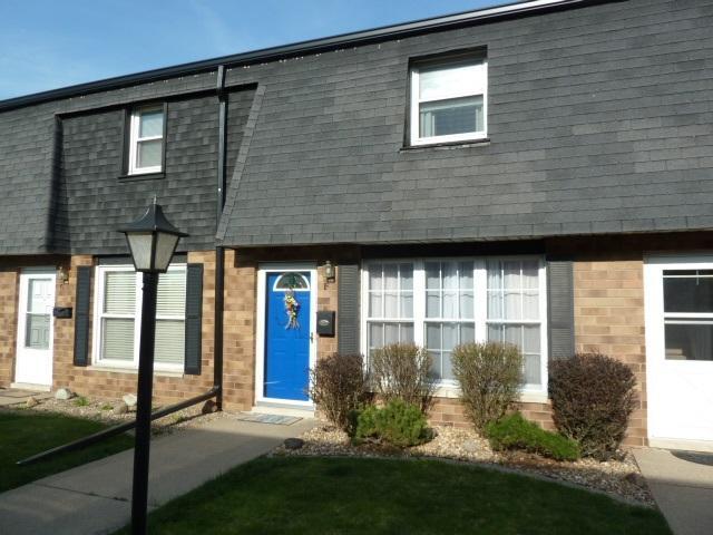 1907 Canterbury Drive F, Washington, IL 61571 (#1193810) :: Adam Merrick Real Estate