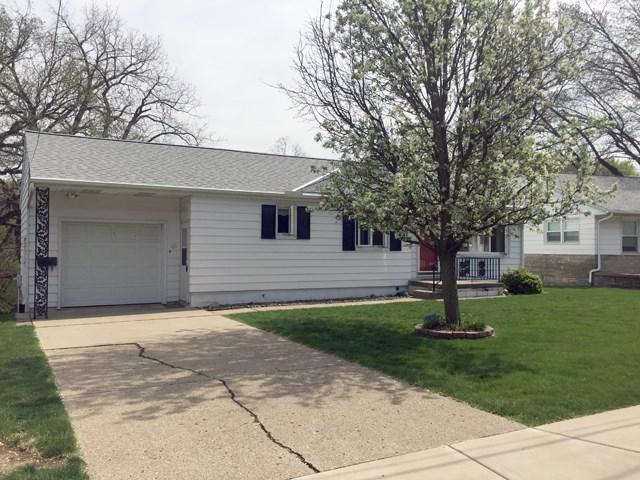 25 Lauterbach Drive, Bartonville, IL 61607 (#1193993) :: Adam Merrick Real Estate