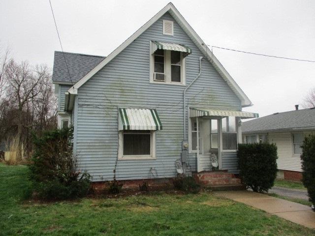 442 W Chestnut Street, Canton, IL 61520 (#1194138) :: Adam Merrick Real Estate