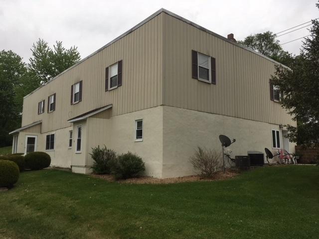 300 N Orchard, Mackinaw, IL 61755 (#1194302) :: Adam Merrick Real Estate