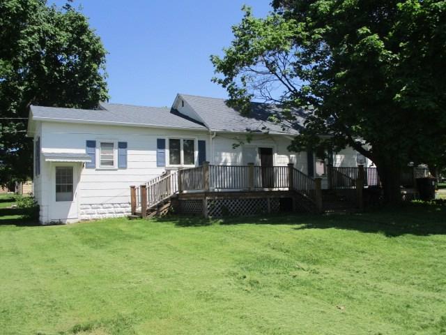 131 S Chestnut, Toluca, IL 61369 (#1194453) :: Adam Merrick Real Estate