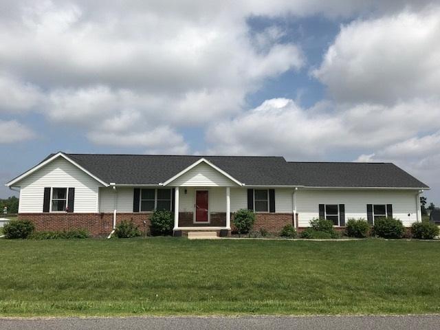 100 University Circle, Eueka, IL 61530 (#1194921) :: Adam Merrick Real Estate